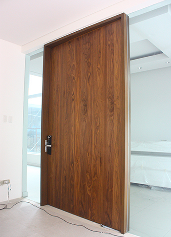Over-sized Solid Engineered Veneer Door